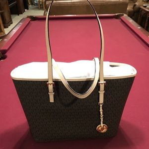 Micheal Kors Large Signature Tote